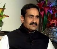 PR Minister Dr. Mishra gives message of water conservation at Datia