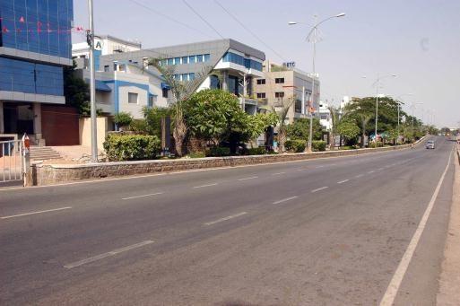 Pakistan roasts in intense heat, Punjab towns record 52 degrees