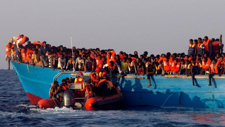 900 migrants rescued off Libyan coast