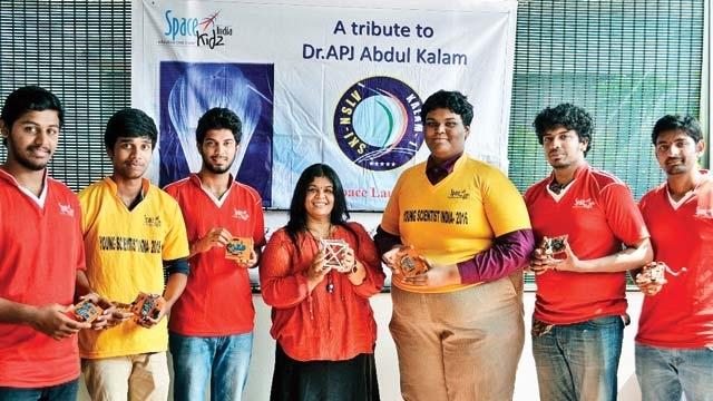 Team that built world s lightest satellite  KalamSat  felicitated