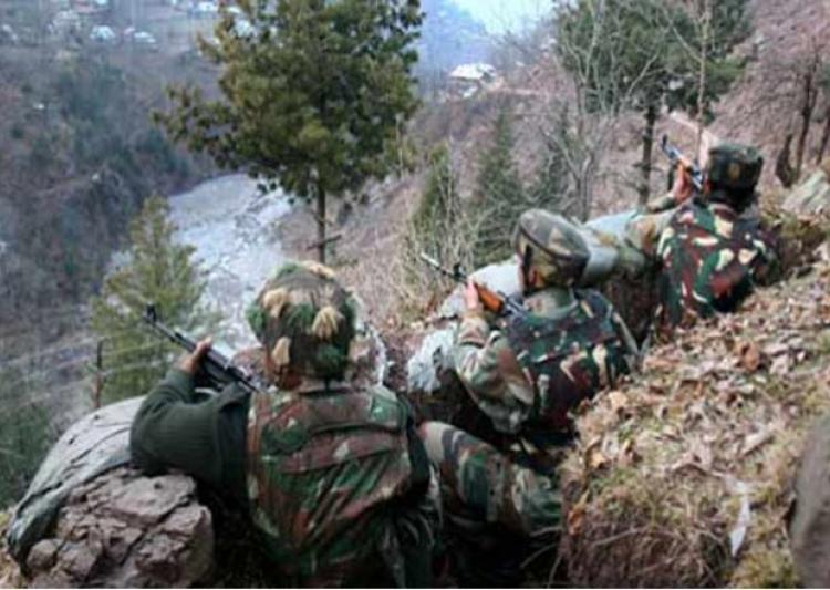Indian, Pakistani army clash on LoC
