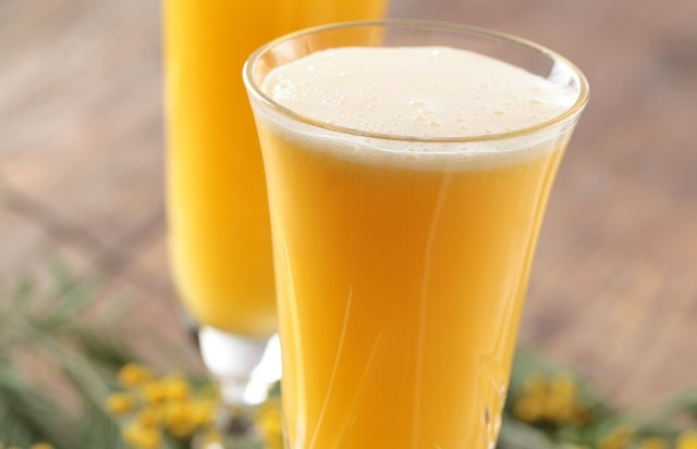 Orange Juice Mimosa Smoothie