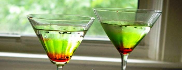 Kiwi-Strawberry Vodka Martini
