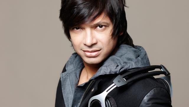 A very happy bday to the singer with the charming smile and incredible voice - Shaan.