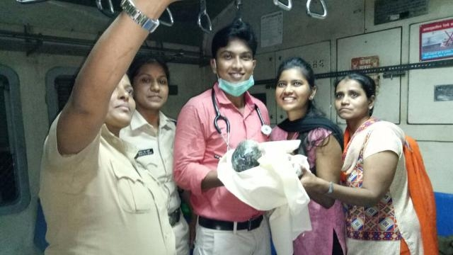 The promptness of 'One Rupee Clinic' led to safe delivery inside the local train in Mumbai.